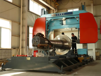 型号 锯切能力 (mm) 主电机 (kw) 液压站 (kw l) 冷却泵 (kw) 锯带图片