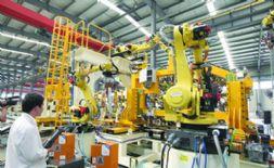 首条武汉造汽车机器人焊装生产线完成预调试