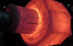 国内首台80吨低频单电极气保电渣炉投产