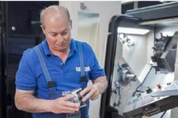 保时捷与马勒合作3D打印铝制活塞,可提升发动机性能/降低油耗