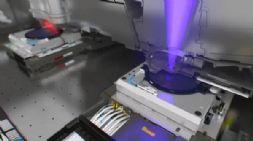 ASML研制新一代光刻机,耗资1.5亿美元包含10万个部件