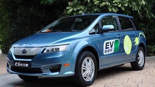 现款比亚迪e6电动车